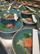 Walking dinner sashimi van zalm en tonijn